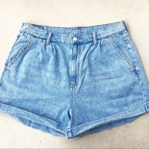 American Eagle Medium Wash High Rise Mom Shorts